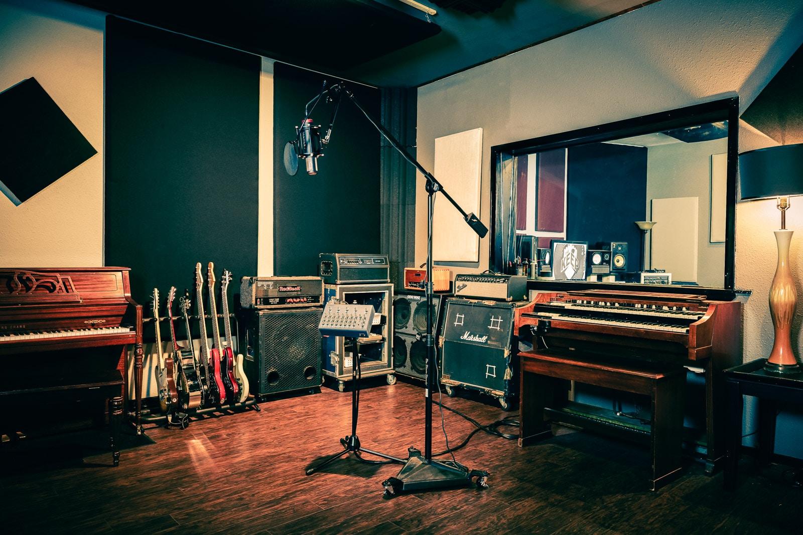 Enregistrer une chanson dans un studio professionnel a for Construire un studio de musique